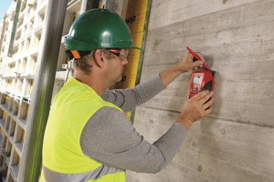 Hilti-PS-50-MultiDetector-In-Use